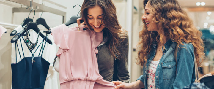 Build Friendships While Shopping in Arlington at Cooper Street Commons